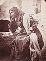 Gloeden, Wilhelm von (1856-1931) - n. 0010 - Ragazza taorminese.jpg