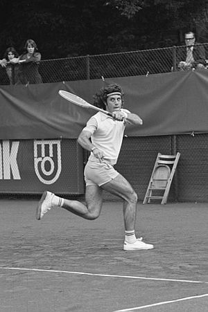 Guillermo Vilas - Guillermo Vilas at the 1974 Dutch Open