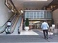 HK 中環 Central 萬宜大廈 Man Yee Plaza Arcade mall August 2018 SSG escalators Des Voeux Road office entrance.jpg