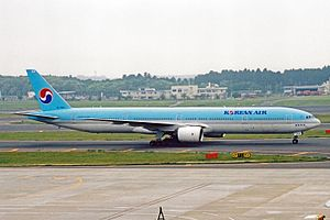 HL7534 B777-B5 Korean Air NRT 22MAY03 (8454667173).jpg