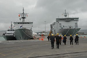 HMNZ Ships OTAGO and CANTERBURY - Flickr - NZ Defence Force.jpg