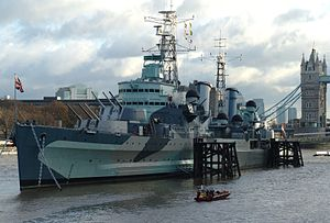 HMS Belfast (C35), London, England-16Dec2005 cropped.jpg