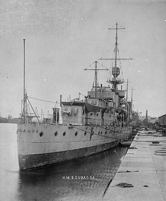 HMS Curacoa (D41) - Image: HMS Curacoa stern view 1918 IWM FL 5370