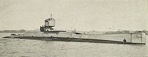 HMS L 15 starboard bow view.jpg