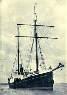 schooner-rigged steamship