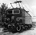 HUA-151115-Afbeelding van de electrische locomotief nr. 1134 (serie 1100) van de N.S. bij de hoofdwerkplaats te Tilburg.jpg