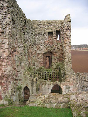 Hailes Castle - The east tower at Hailes Castle