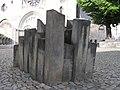 Halberstadt, Mahnmal am Dom für die jüdischen Opfer der Shoa.JPG