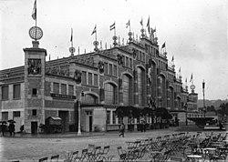 Halle Tony-Garnier 1914.jpg