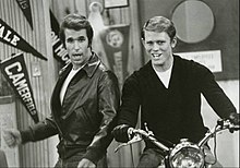 Happy days motorcycle richie fonzie 1977.JPG