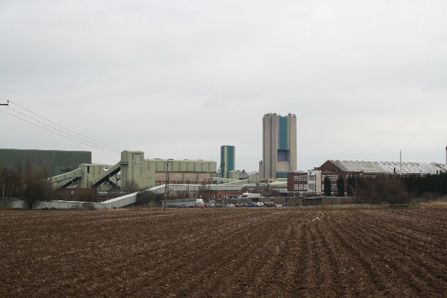 Harworth Colliery - geograph.org.uk - 104989
