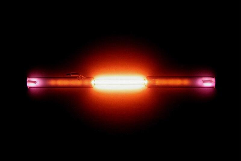 Helium discharge tube.jpg
