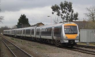 British Rail Class 168 - Image: High Wycombe Chiltern 168214 168003 Birmingham Mainline service