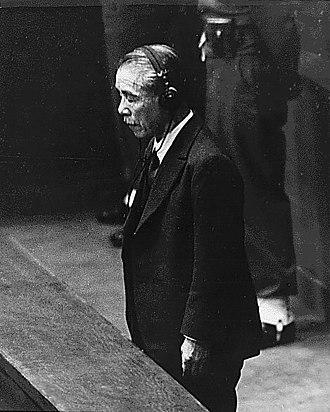 Kōki Hirota - Koki Hirota listening to his death sentence being read by Sir William Webb, 1948