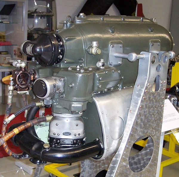 Inverted Aircraft Piston Engines