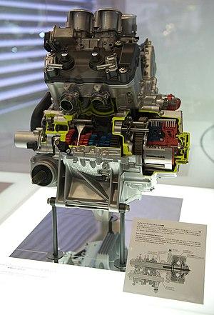 Honda VFR1200F - Honda VFR1200F engine with dual clutch transmission at the 2009 Tokyo Motor Show.