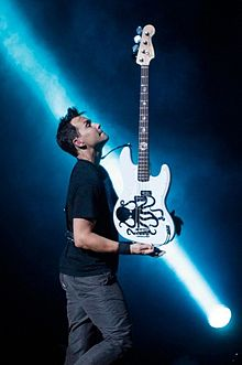 Mark Hoppus u 2009. s Blink-182