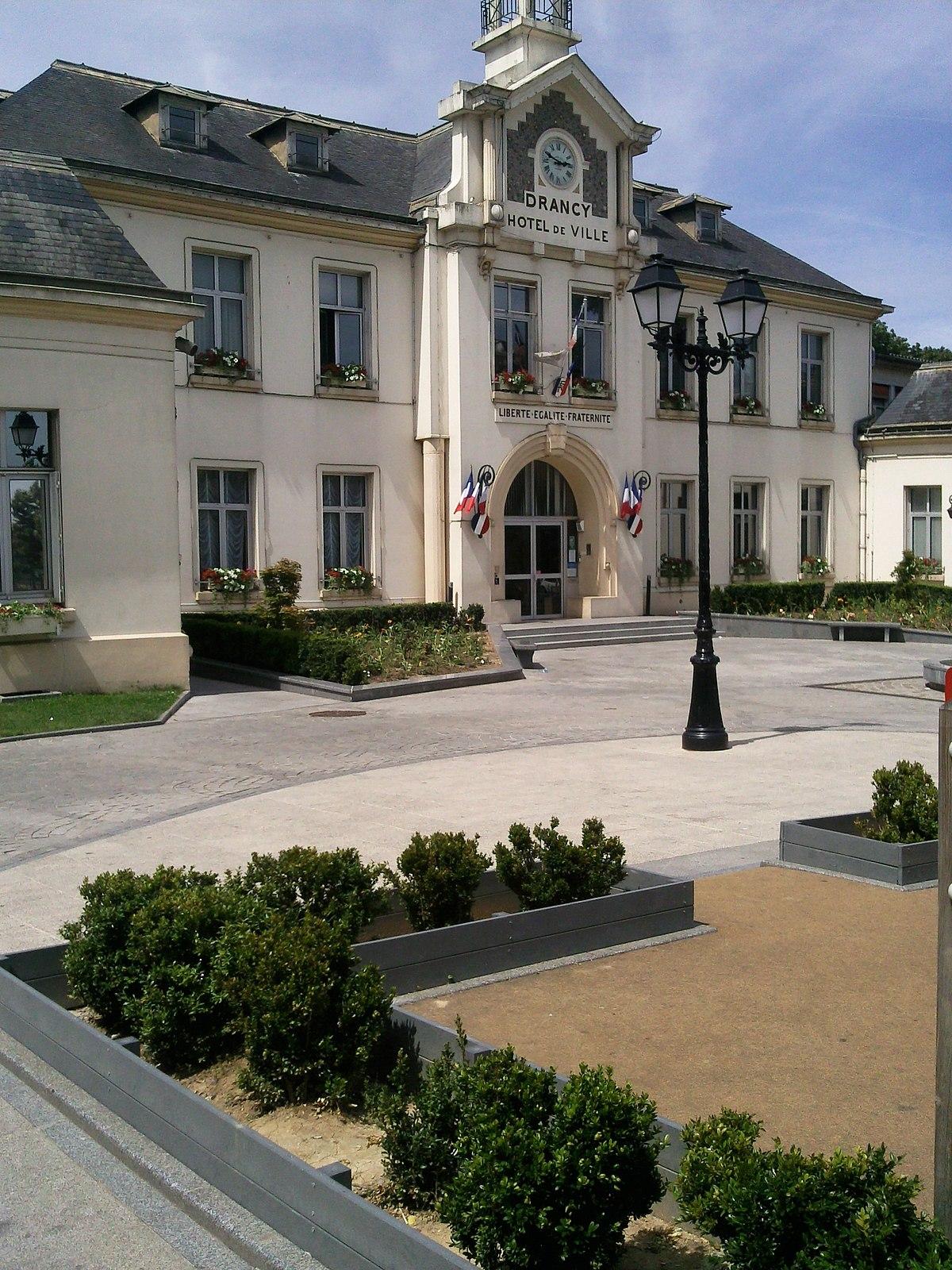 Hotel De Ville A Bobigny