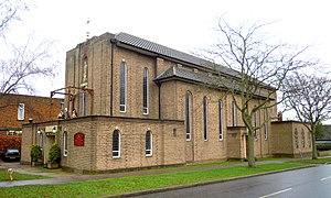 Church of St Hugh of Lincoln, Letchworth - Church of St Hugh of Lincoln in Letchworth in 2017