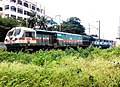 Hyderabad bound Hussainsagar Express near Necklace Road MMTS station.jpg