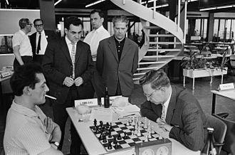 Leonid Stein - Amsterdam Interzonal 1964  (from left to right) Leonid Stein, Mark Taimanov, Borislav Ivkov, Andor Lilienthal and Vasili Smyslov