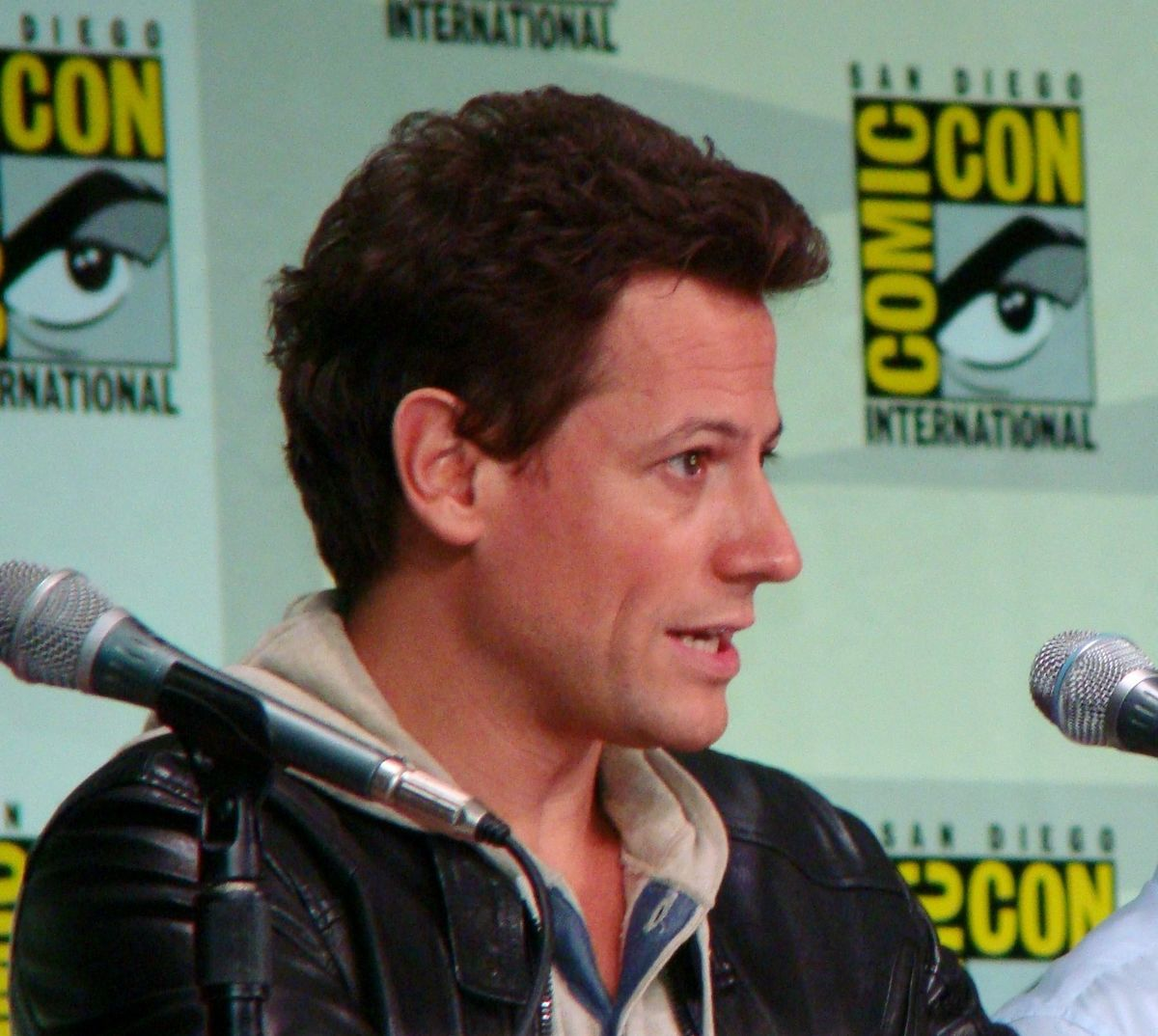Ioan Gruffudd (born 1973) naked (97 photo), Pussy, Sideboobs, Twitter, swimsuit 2015