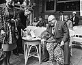 Jachtpanter van de Kalanagshow maakt wandeling door Amsterdam, Bestanddeelnr 914-2263.jpg
