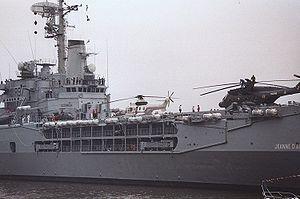 French cruiser Jeanne d'Arc (R97) - Image: Jeanne D Arc 1