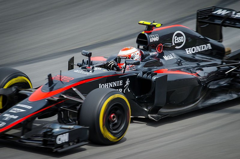 Archivo:Jenson Button Canada 2015.jpg