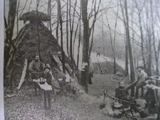 Köte - A Köte and Kohlenmeiler with charcoal burners at their work (turn of the 19th/20th century)