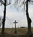 Kříž v Hamrech - panoramio.jpg