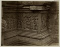 KITLV 28326 - Isidore van Kinsbergen - Relief on the first gallery at the front of Panataran, Kediri - 1867-02-1867-06.tif