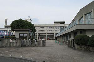 橿原学院高等学校 - Wikipedia