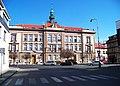 Kralupy nad Vltavou, Komenského náměstí 198, základní škola, ze Žižkovy ulice.jpg