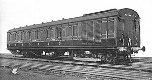 Motor-coach électrique LMS (CJ Allen, Steel Highway, 1928) .jpg