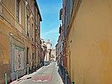 La rue Mage (Toulouse) - Vue depuis la place Perchepinte.jpg
