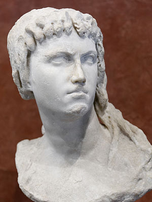 Cleopatra II of Egypt - Image: Lagid queen Isis Ma 3546