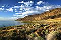 Lake Abert and Abert Rim (16964014888).jpg