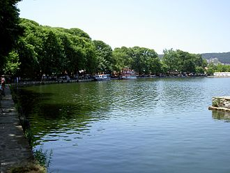 Lake Pamvotida - The ferry dock in Molos