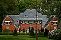 Landhuis Frisiastate, koetshuis - Groen van Prinstererlaan 1b, Wassenaar.JPG