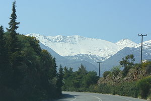 Lefka Ori (White Mountain) seen from the road ...
