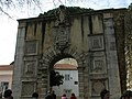 Lisbon architecture arch - panoramio.jpg