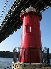 Little Red Lighthouse, Jeffrey's Hook, Manhattan, New York - 20081004.jpg