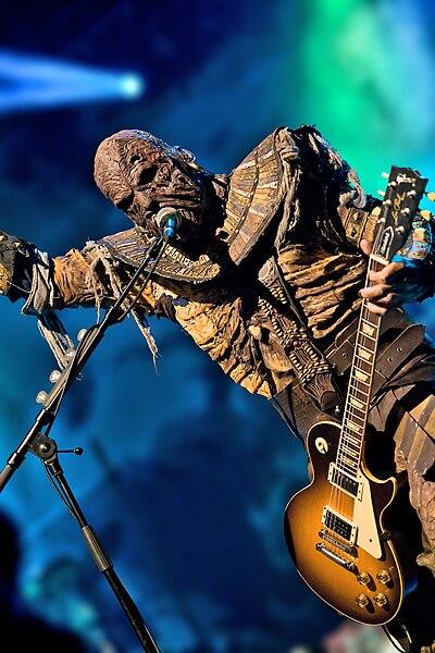 Vos chanteurs/chanteuses ou groupe favoris 400px-Lordi-amen-wiki