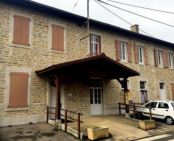 Mairie de Saint-Martin-du-Mont.