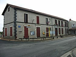 Mairie de Cellule 2016-05-06.JPG