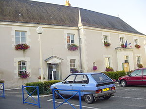 Nouâtre - The town hall in Nouâtre