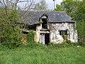 Maison en ruines a orgeres - panoramio.jpg