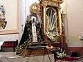 Malaga del Fresno Church Maria statue.jpg