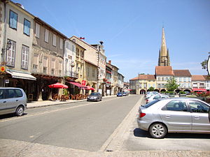 Marciac - The central square, with the bell tower of the church in the background